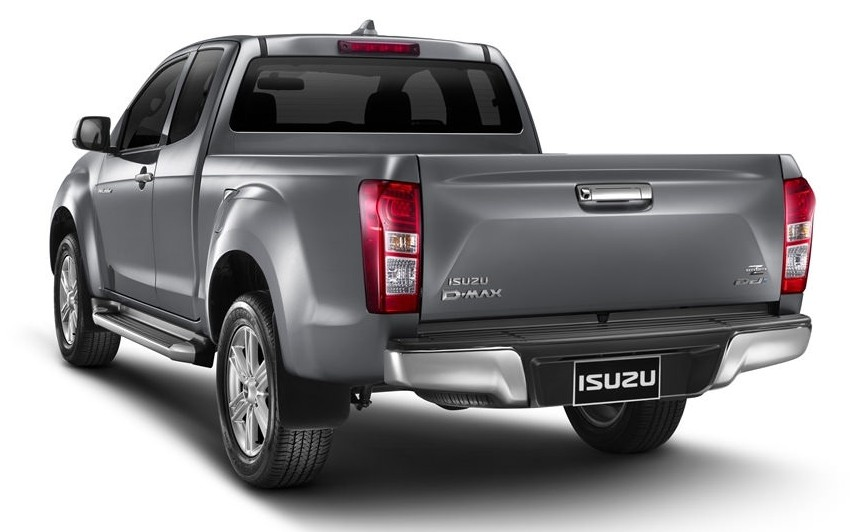 "LOGO FRONT RED /"" ISUZU /"" EMBLEM FOR ALL NEW ISUZU DMAX D-MAX 2012 TRUCK GENUINE"