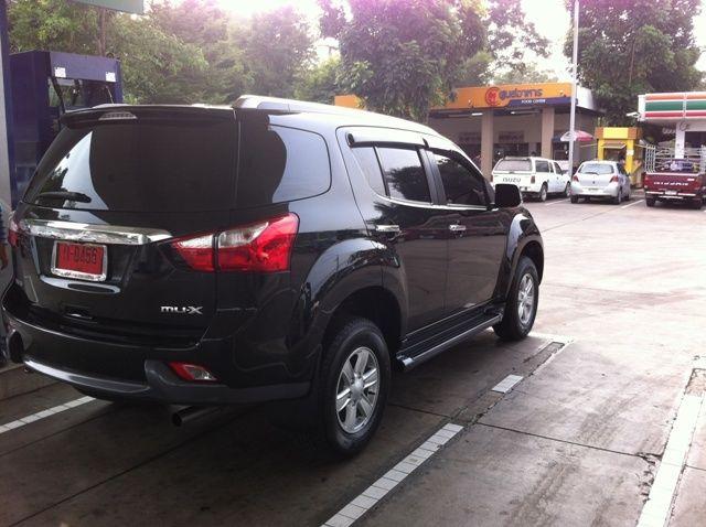 FOR NEW ISUZU MU-X 2014 SUV FITT CHROME+BLACK LICENSE PLATE FRAME COVER TRIM